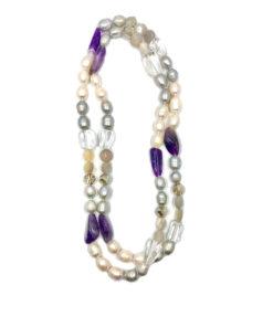 collana pietre perle vetro e resine bianca viola 01
